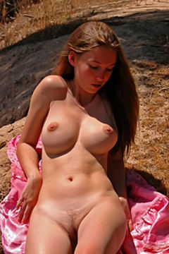 Naked girl big boobs