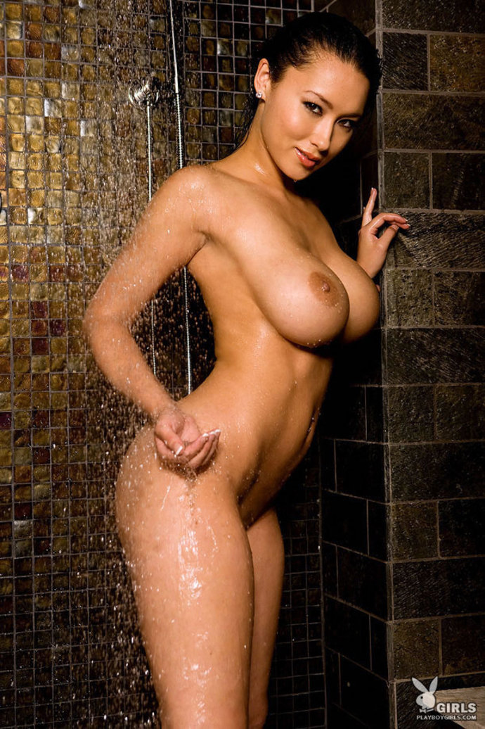 julri-waters-nude-pic-chubby-pussey